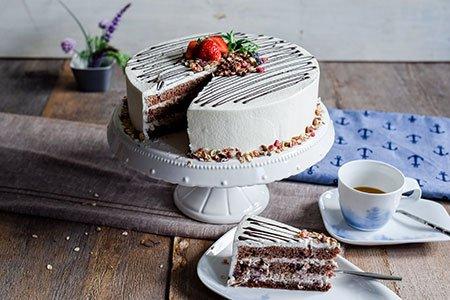 Früchtemüsli-Joghurt-Torte