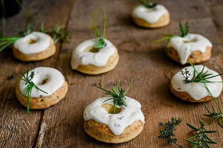 Käse-Speck Donuts mit Bärlauch