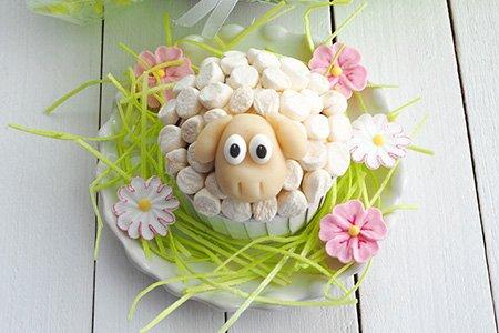 Schäfchencupcakes mit Marshmallows