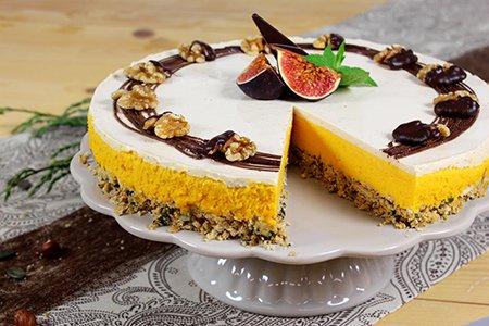 Kürbis-Cheesecake mit Walnuss