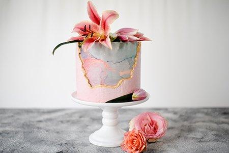 Cranberry Fault Line Cake