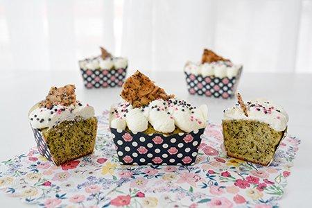 Mini Cake mit Mohn und Eierlikör