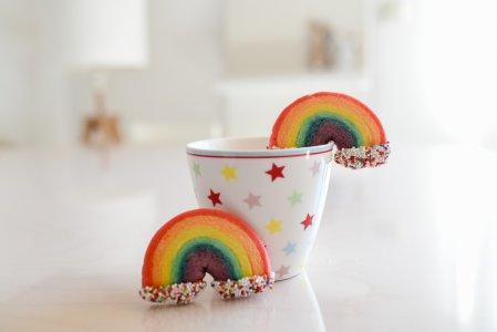 Regenbogen Kekse