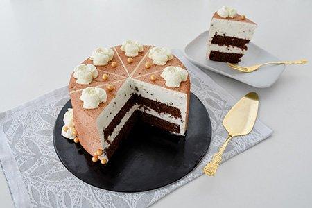 Stracciatellasahne-Torte