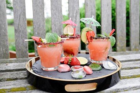Erdbeer-Limetten-Gin-Cocktail