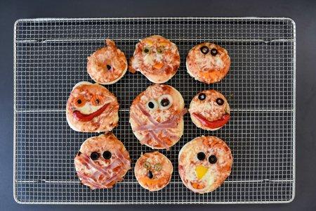 Halloween Pizza-Monster