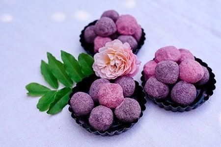 Fruchtige Eispralinen