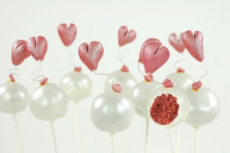 Heidelbeer-Herz-Cake-Pops