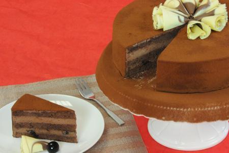 Schokoladen-Amarena-Torte