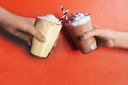 Milch-Eis Shake Schokolade