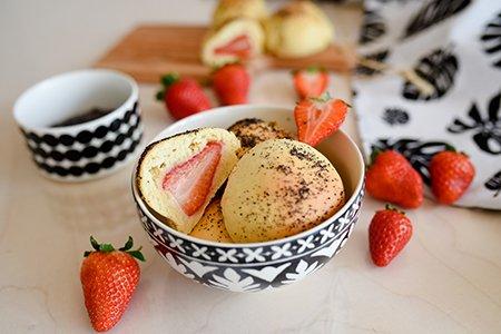 Erdbeere-Mohn Buchteln