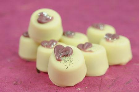 Joghurt-Schlehen-Pralinen