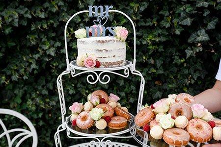 Hochzeitstorte und Snack to go